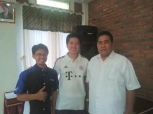 Bersama leader saya bpk Yudi Haliman (tengah) dan bpk Basuki Hariyadi.