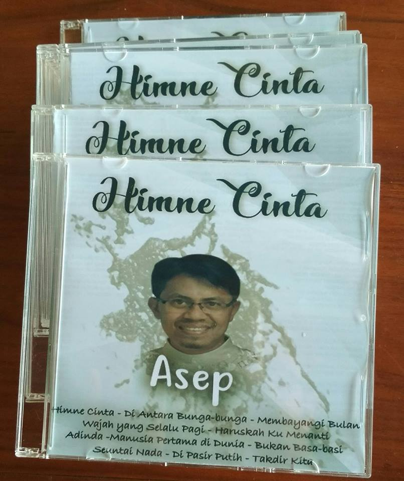 CD album Himne Cinta